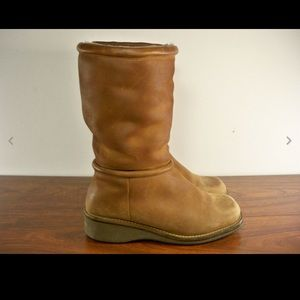 Cole Haan Women Sherpa Lined Leather Boots 7.5